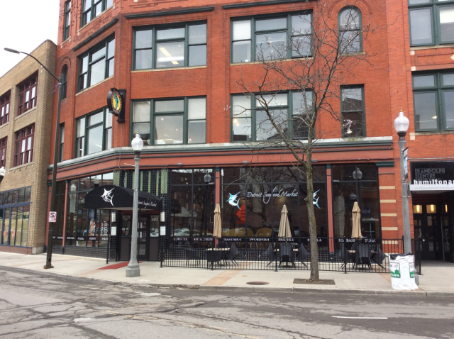 5 places to try if you 39 ve never done detroit restaurant week for Detroit fish market