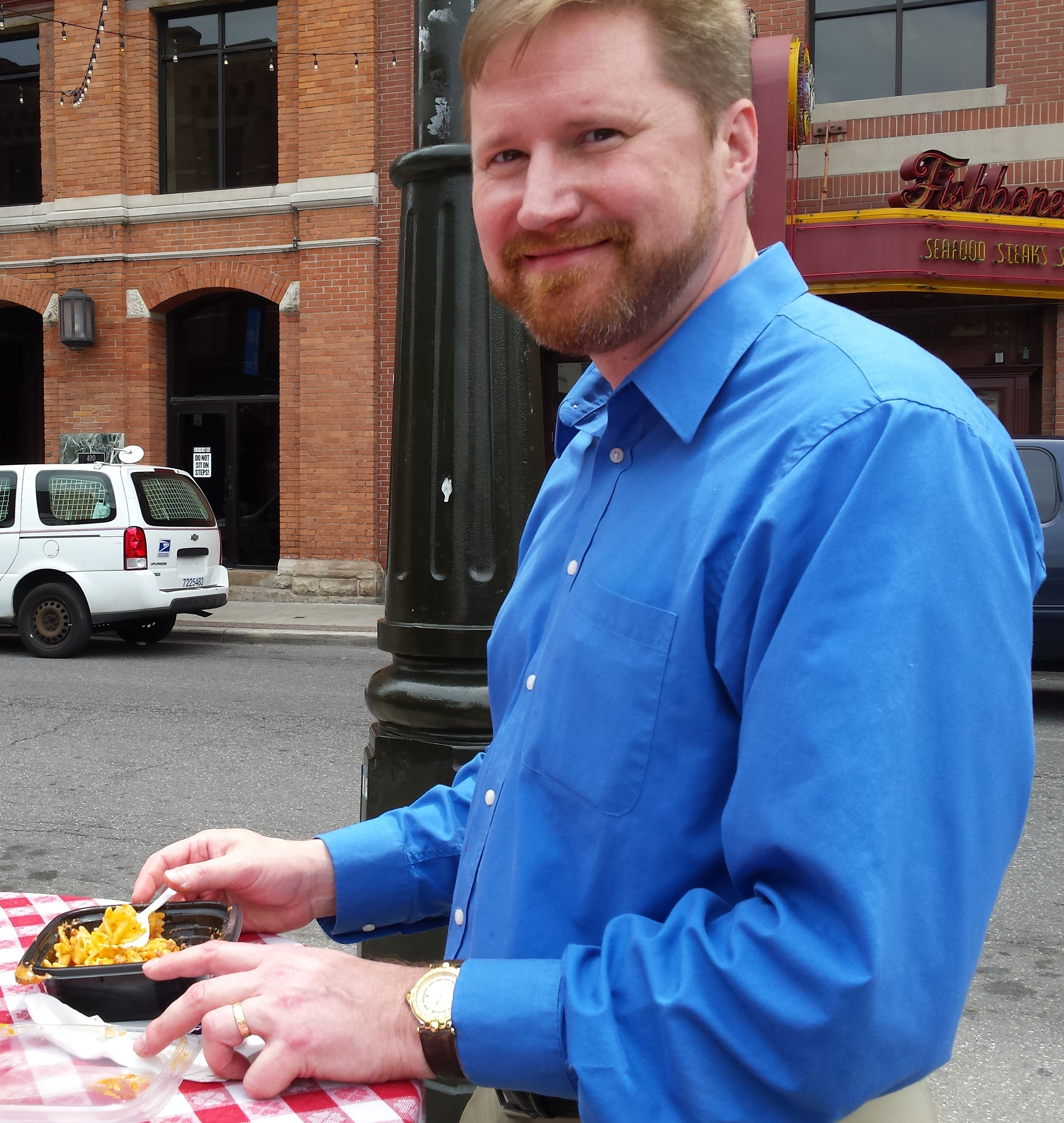 Dan Lawrence ordered the pasta bowl with meatballs. He heard of the food truck on WJR.