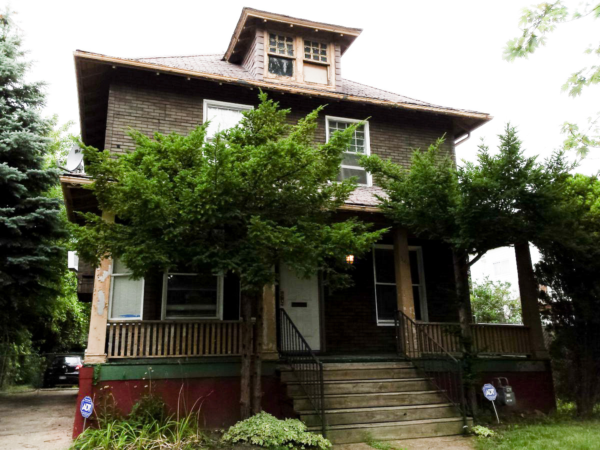 See inside a detroit house that 39 s been turned into a for Two story house inside