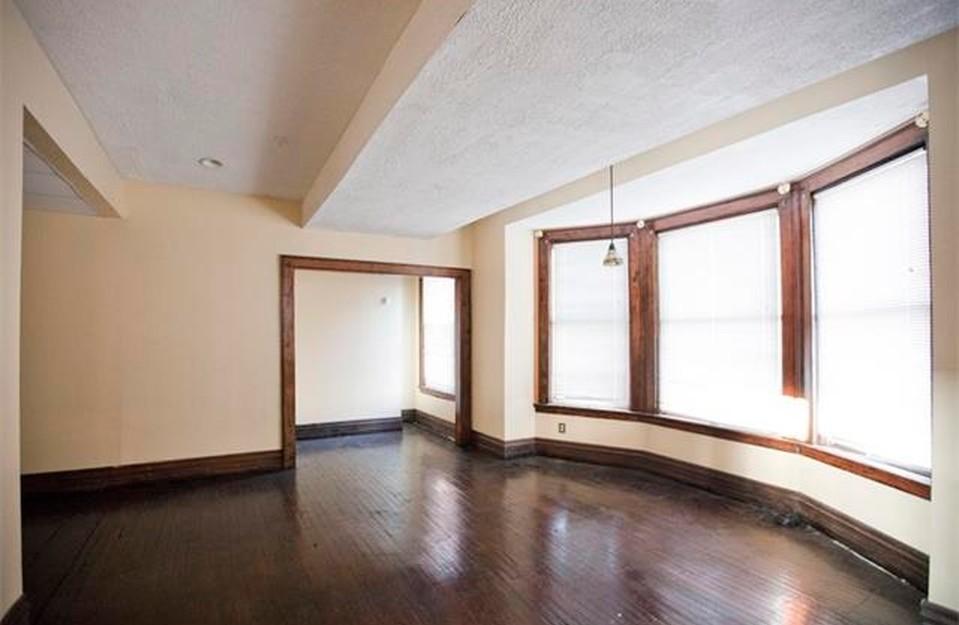 323 Erskine interiors, chic Detroit house