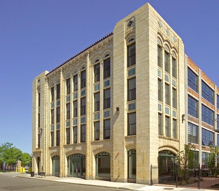 41 Burrough outdoor lofts in Detroit