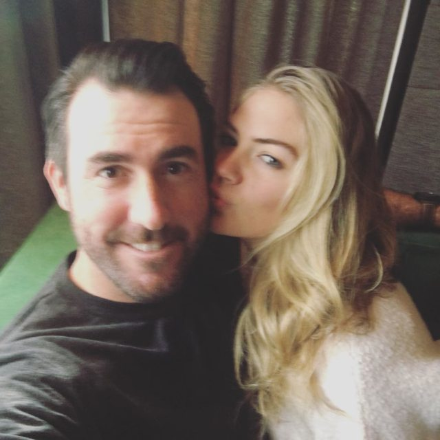 Fotos - Justin Verlander Kate Upton Dating Facebook Jpg
