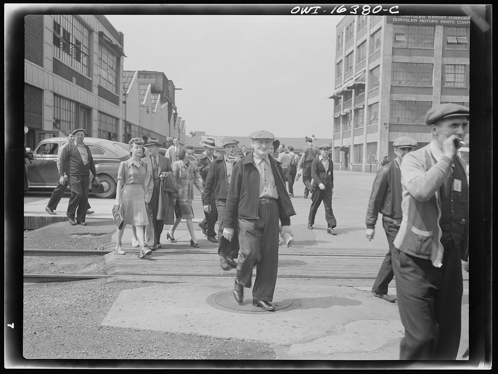 Workers coming out of the Highland Park Chrysler Plant in 1942. Library of Congress Prints and Photographs Division.