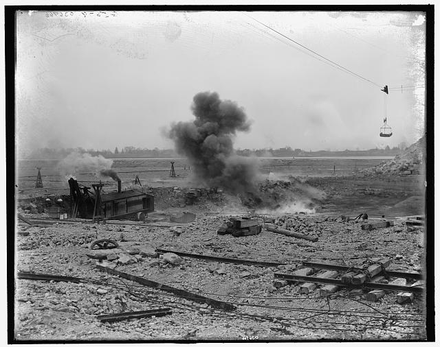 Exploding 800 lbs. of dynamite, Livingstone Channel, Mich. LC-D4-36966. Library of Congress Prints and Photographs Division Washington, D.C.