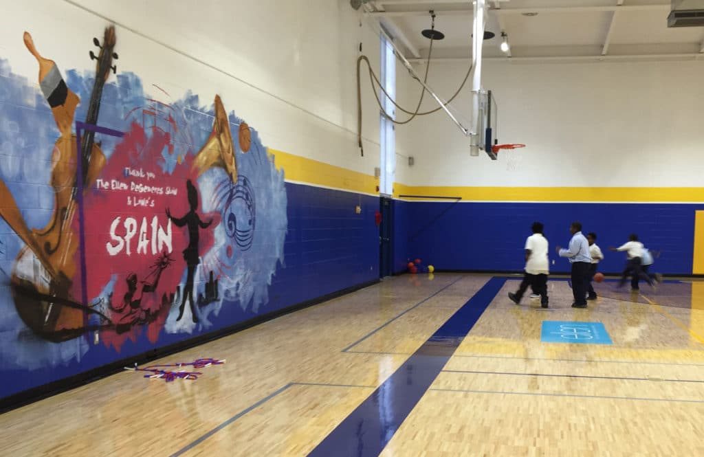 Inside the gym of Spain elementary. Photo: Erin Einhorn