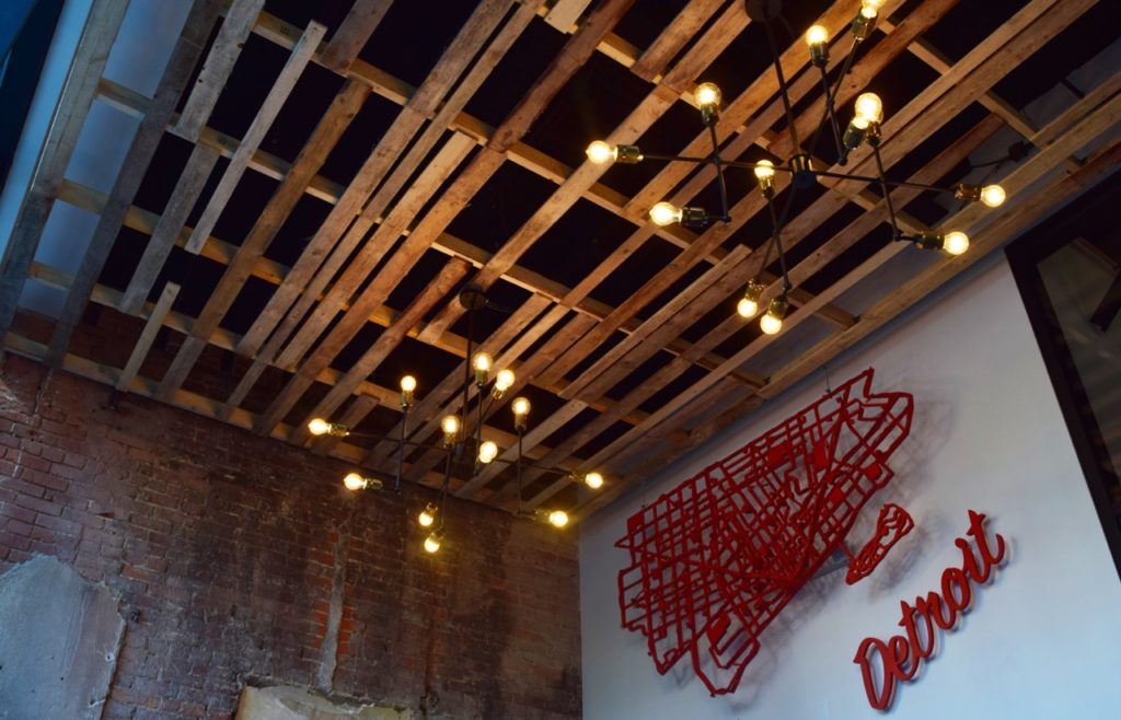 lear-innovation-center-entrance-ceiling-is-made-from-recycled-wood-pallets