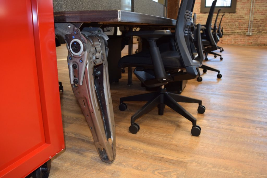 lear-innovation-center-furniture-made-from-lear-seating-components