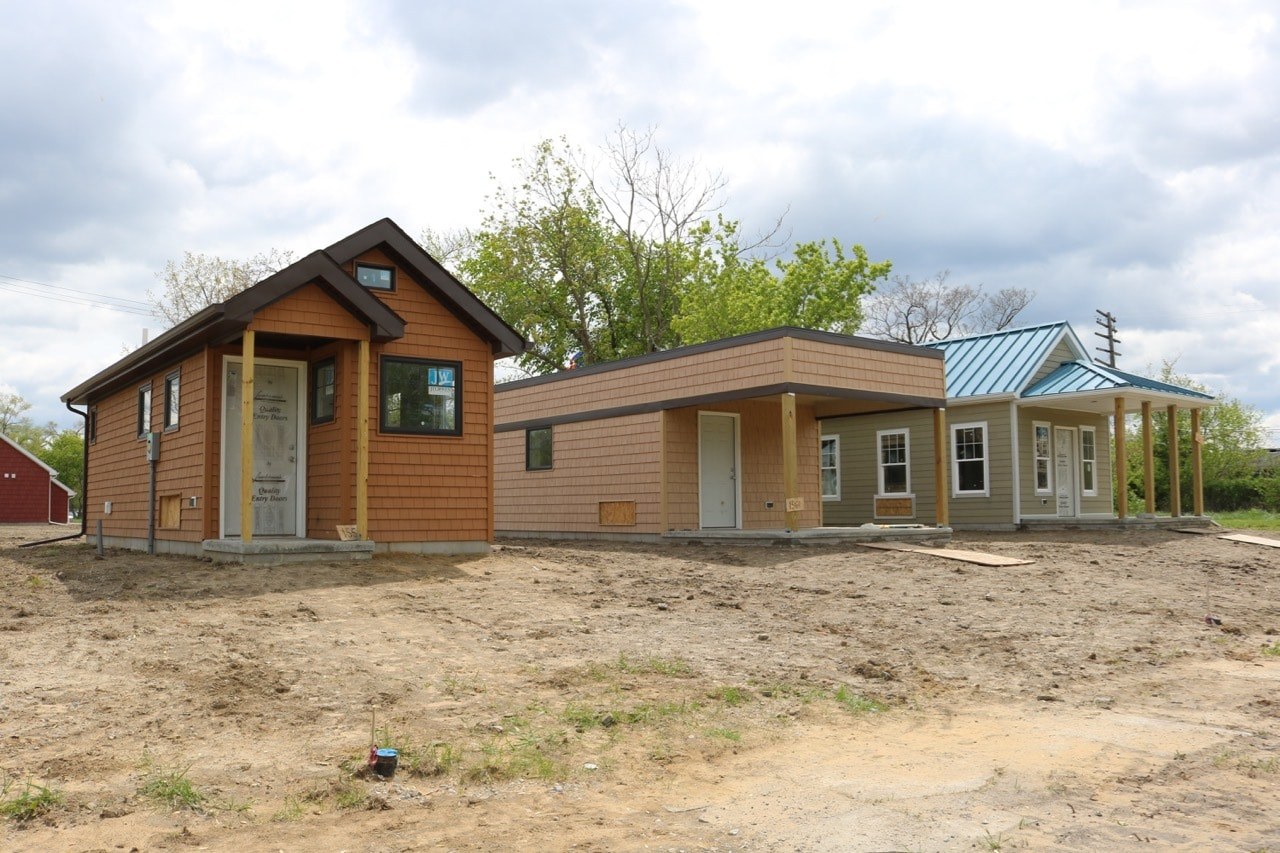Six more tiny homes appear in detroit 39 s dexter linwood for House builders
