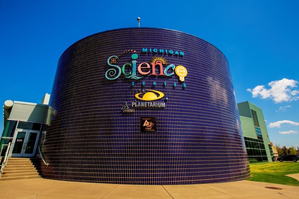 michigan science center dark pong beer detroit battleship misci thursday mi night game attractions tourist