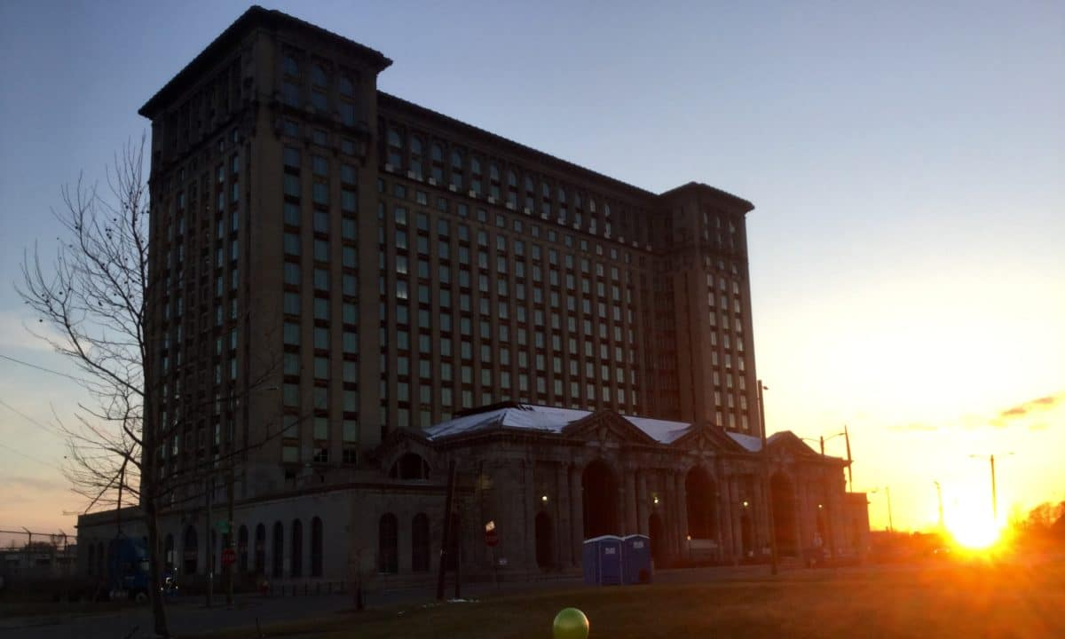 Ford in talks to buy, redevelop Michigan Central Station in Corktown